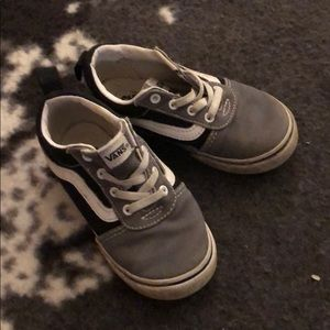 Euc pull on toddler vans size 9